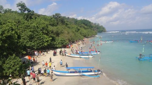 Indahan Panorama Pantai Pangandaran