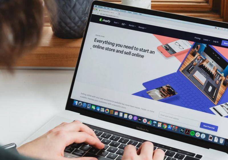 Peran E-Commerce Bagi  UMKM Pangandaran